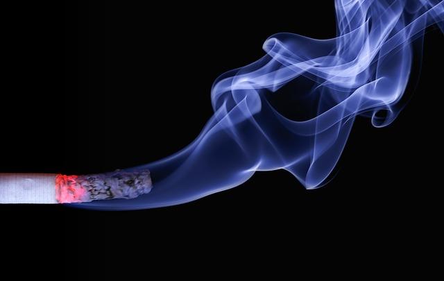 受動喫煙は、喘息入院や救急受診を増加させる: システマティックレビュー