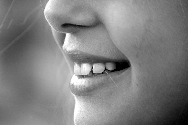 トリアムシノロン(ステロイド)点鼻は、奇形や自然流産を増加させない