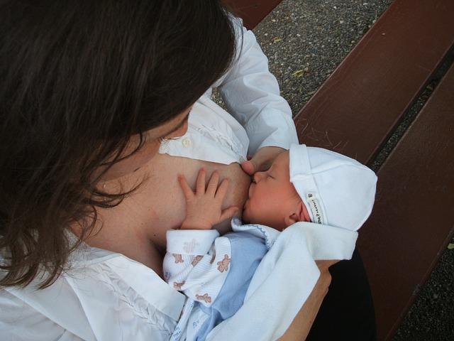 母乳中のダニ抗原が、子どものアレルギー疾患発症に影響している?
