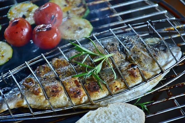 妊娠中・乳幼児期の魚摂取は、アレルギー疾患を予防するのか?: システマティックレビュー&メタアナリシス