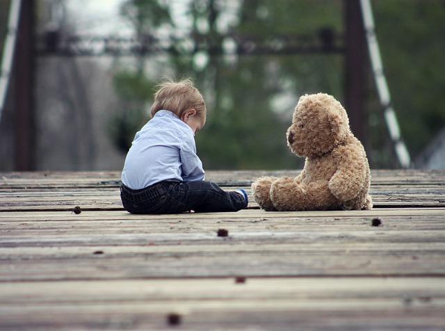乳児期のアトピー性皮膚炎と学童期の注意欠如・多動症(AD/HD)は関連しない: コホート研究