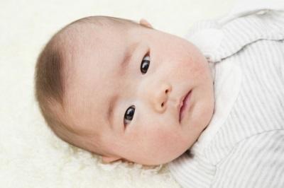 乳児期のバリア機能低下と黄色ブドウ球菌の保菌は関連するか?