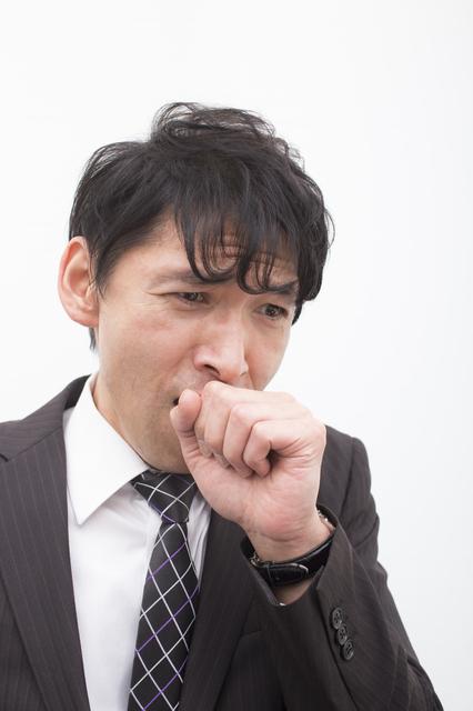 抗ロイコトリエン拮抗薬は、成人喘息に有効か?