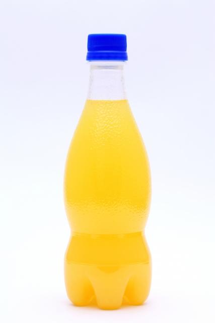 100%フルーツジュースは肥満と関連するか?:メタアナリシス
