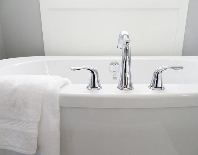 アトピー性皮膚炎の重症度は、入浴習慣と関連するか?