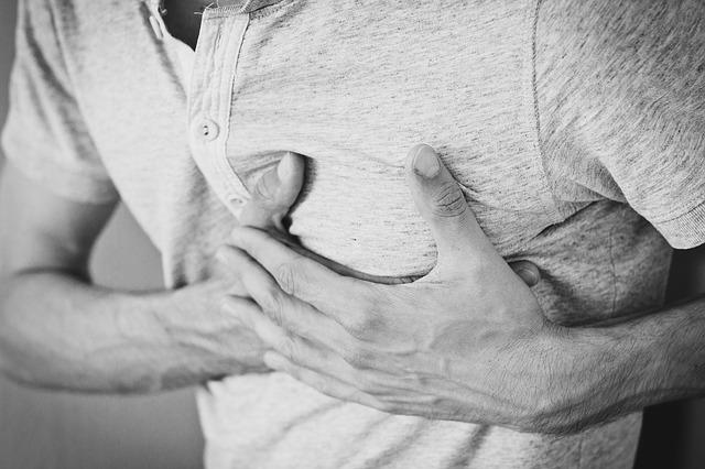 アトピー性皮膚炎の重症度が高くなると、心血管疾患が増加する?