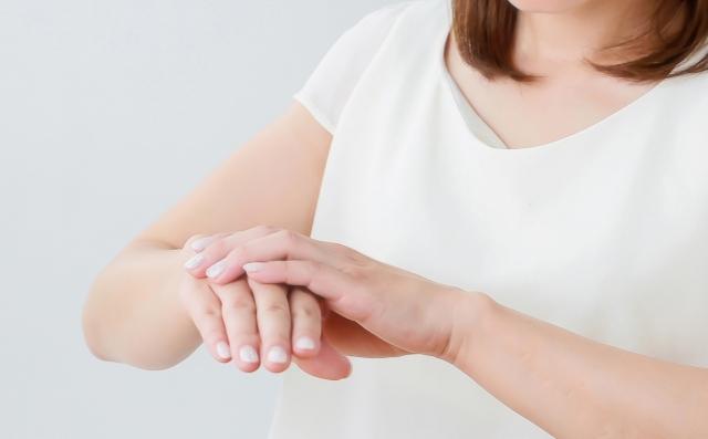 手湿疹は、成人における食物アレルギーの原因になるかもしれない