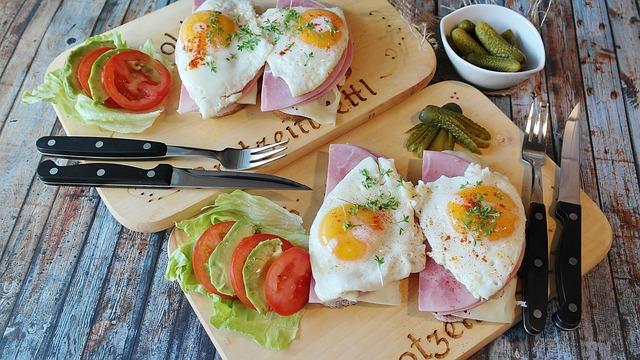 日本の家庭のハウスダスト中の卵蛋白質量は、ダニ蛋白量より多い