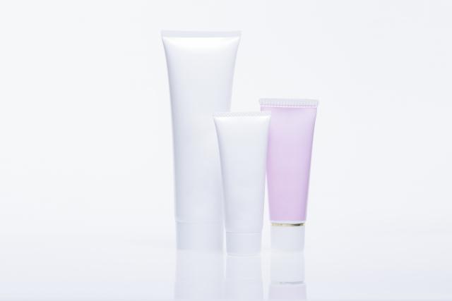 保湿剤の市販ベストセラー製品の成分の特性や価格に違いはあるか?