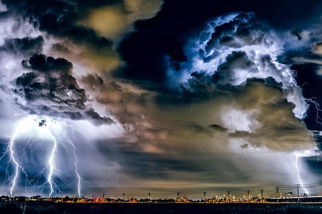 雷雨喘息で入院するリスク因子はなにか?