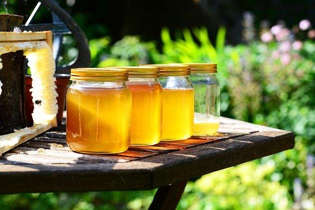 ミツバチ毒アレルギー、ハチミツアレルギー・花粉アレルギーは関連するか?