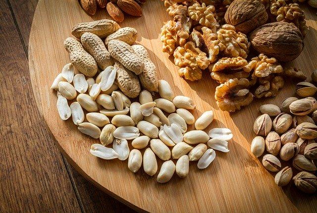 ハイリスクのピーナッツアレルギー患者に対する経口免疫療法で、最大量に達しない理由はなにか?