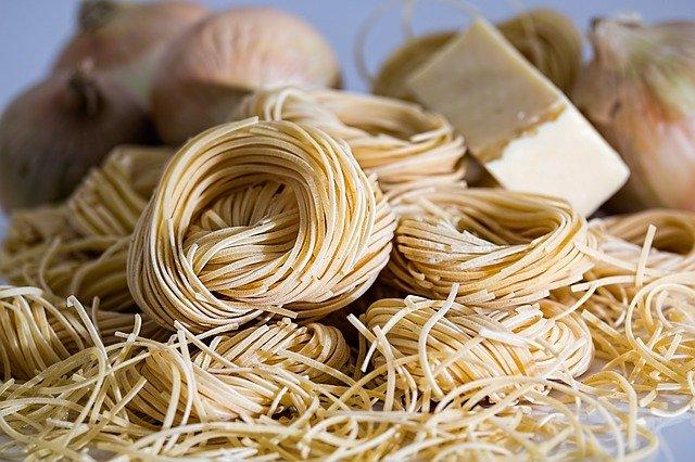 小麦を少量で継続して摂取すると、食べられる量が増えるかもしれない