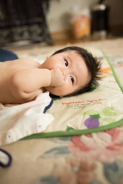 乳児に対する鼻汁吸引には、リスクがあるか?
