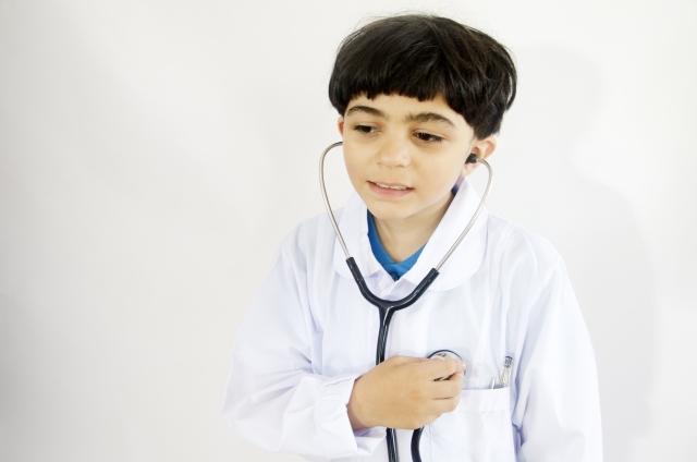 小児の胸痛で、多い原因はなにか?