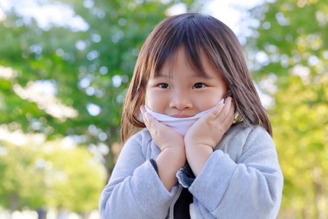 小児の風邪症状に対し、デキストロメトルファン(商品名メジコン)や第一世代抗ヒスタミン薬の効果は乏しい