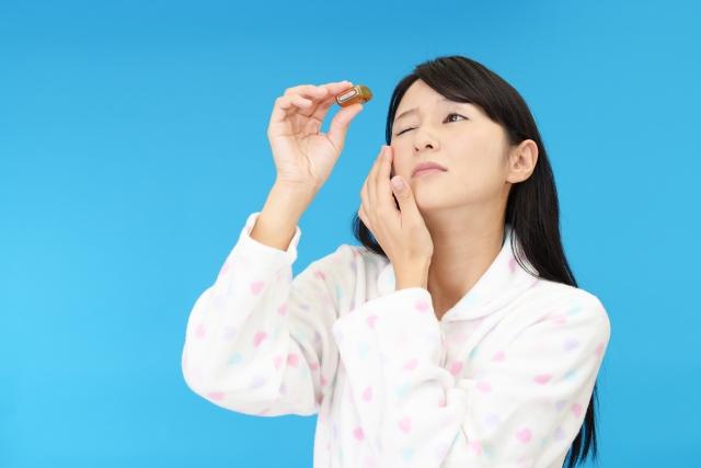 アトピー性皮膚炎は、眼の表層の病変(結膜炎など)のリスクをどれくらいあげるのか?