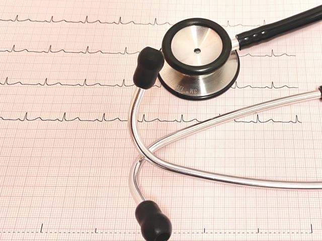 新型コロナに罹患すると、どれくらい心筋炎・心膜炎を起こしうるか?