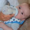 高度加水分解乳(低アレルゲンミルク)で即時型反応を呈した2例